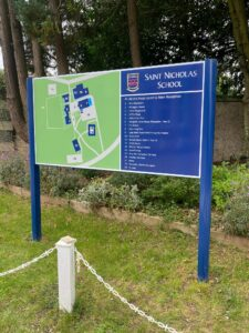 School Sign Wayfinding Hertford